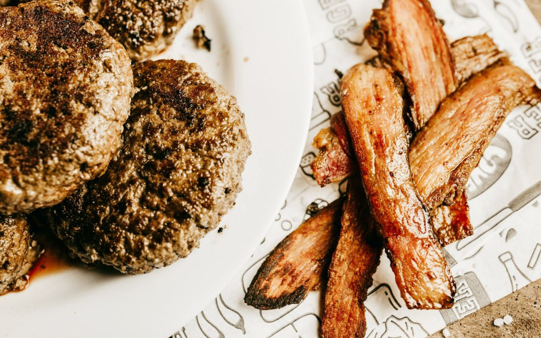 下午注意力不集中? 你可能午餐吃太多飽和脂肪了!