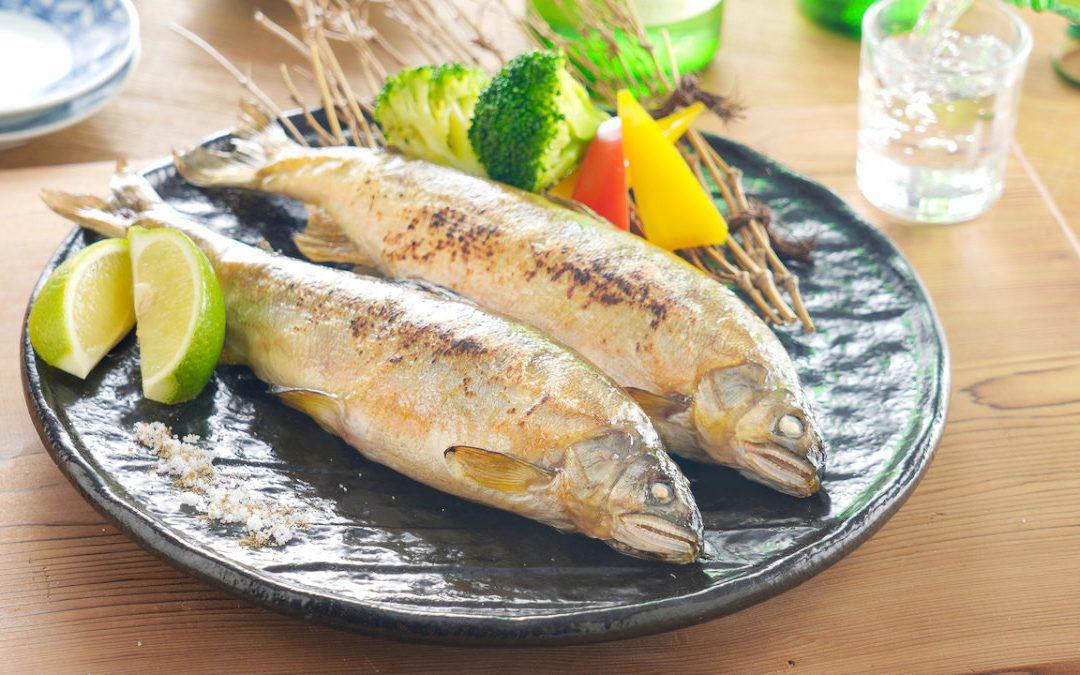 香魚料理 10 分鐘就能端上桌的鹽烤香魚!